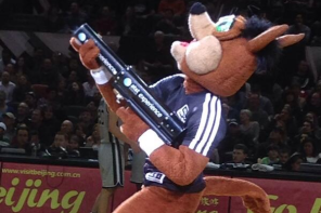 Spurs Coyote Does It Again: Introducing T-Shirt Gatling Gun [VIDEO]