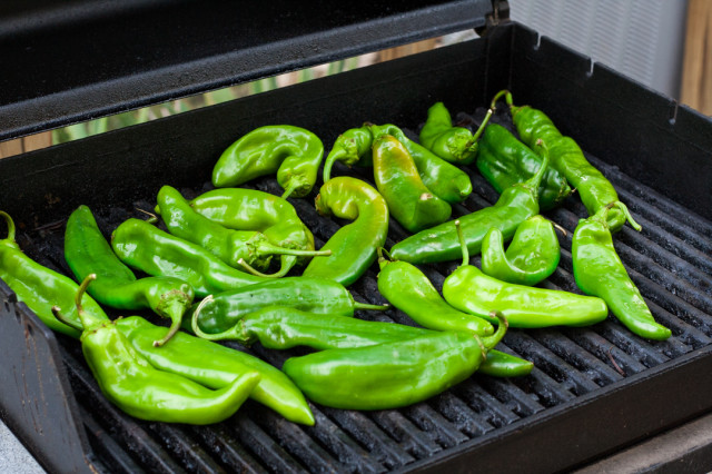 How to Roast Hatch Green Chiles-1