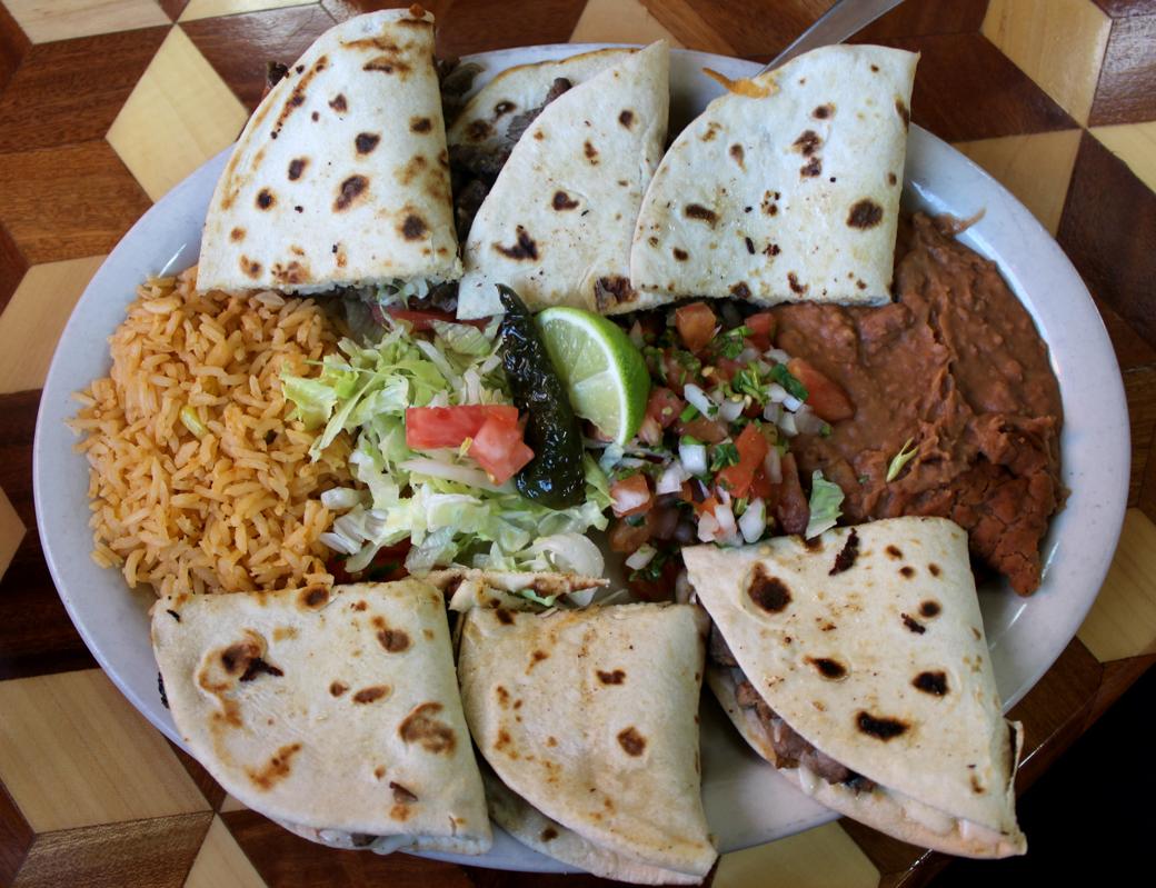 Taqueria Nuevo Vallarta: Hearty Lunch on the Southside